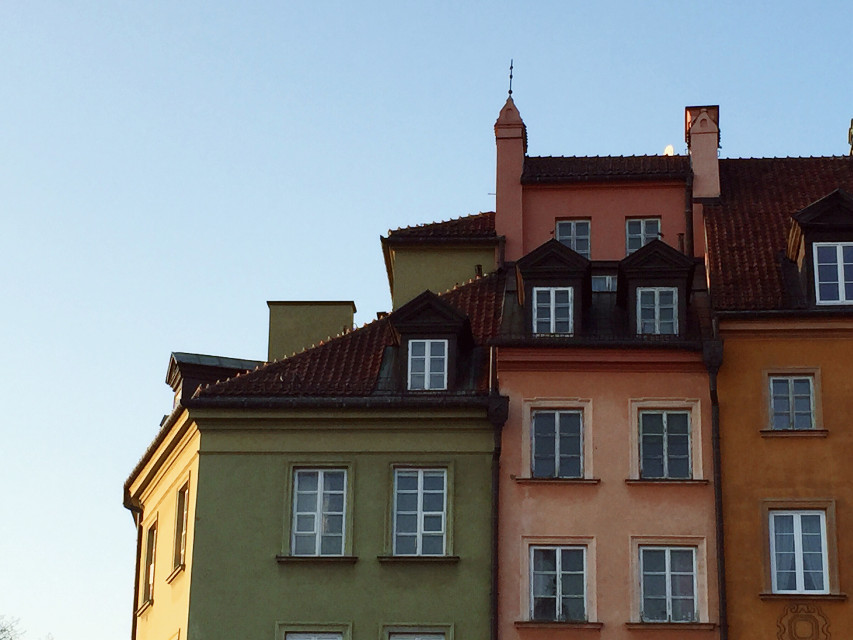 It's been a while since i posted. Hope you missed me😂 here's photo of Old Town in Warsaw😄 #photography #warsaw #warszawa #oldtown #house #sunset #poland #pastel #pastelcolors #FreeToEdit #dpcfreetoedit #pcmycity #pcurban #pccolorsofthecity #Colorsofthecity